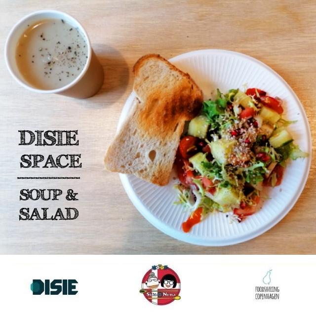 Potato leek soup & salad // food rescue