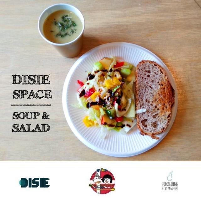 Celeriac soup & salad // food rescue